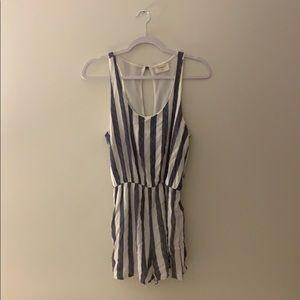 Striped navy & white romper ✨